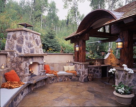 patio-fireplace
