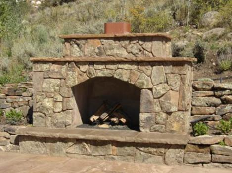 fireplace-with-terraced-retaining