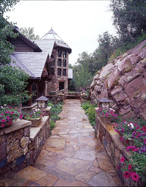 OutdoorLivingwalkway