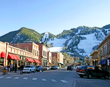 Aspen is full of wonderful events this summer.  The Aspen Antiques and Fine Arts Show is just one of many taking place downtown.
